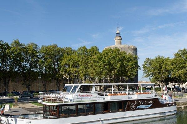 Croisières repas avec les bateaux Isles de Stel