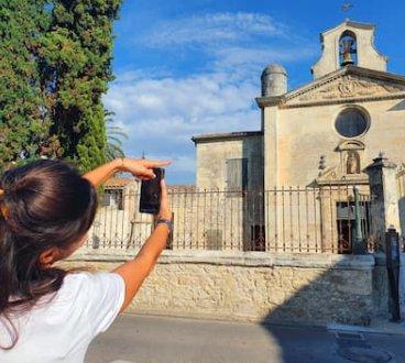 Femme téléphone chapelle Quaestyo 470x353